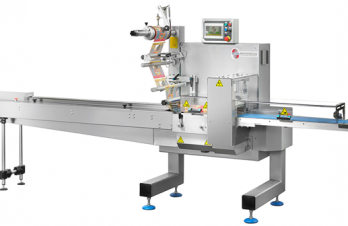 <p><strong>The Flow-Pack Auriga 500 packaging machine is a high-production horizontal automatic equipment. It is ideal for producing pillow-pack packaging, from laminated film and / or BOPP in flat, smooth or printed sheets.</strong></p>